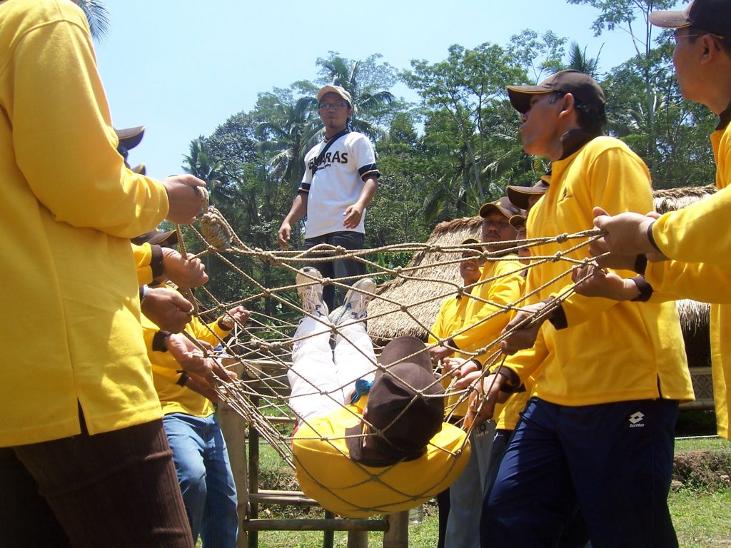 Outbound Team Building Training